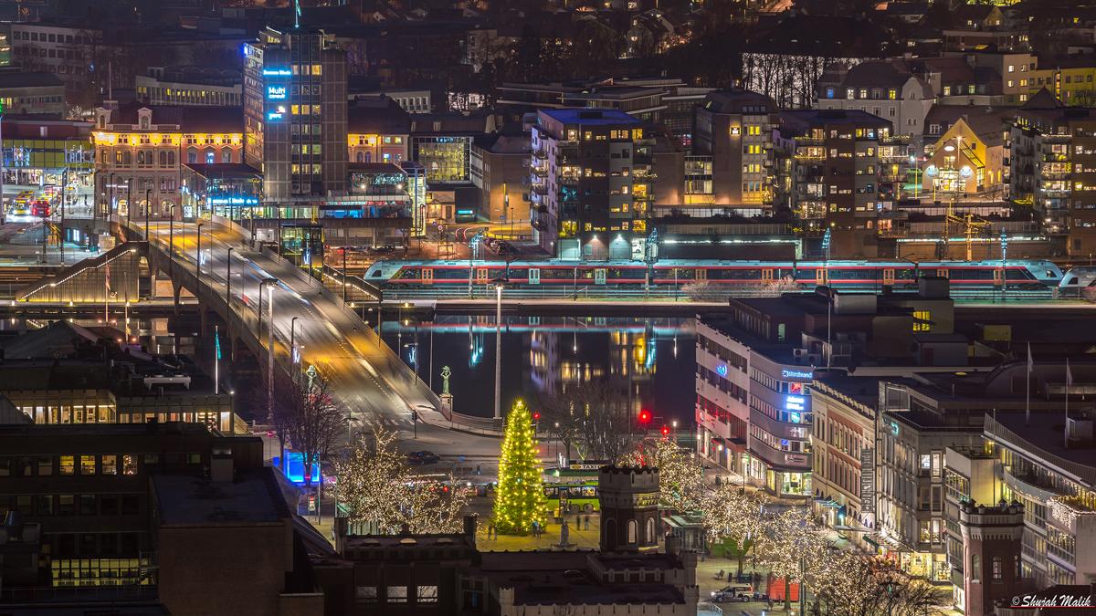 Drammen brua Juletre