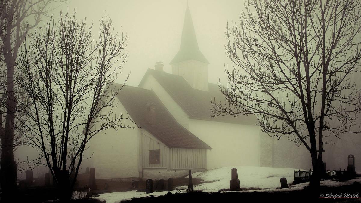 Kirke i taake